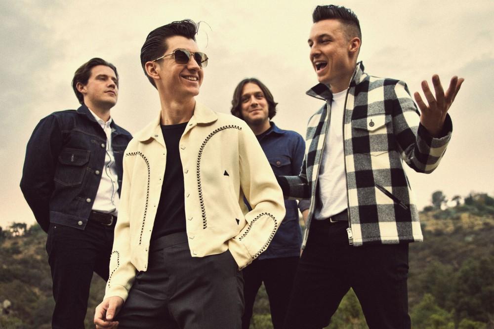 1386278247_Arctic Monkeys