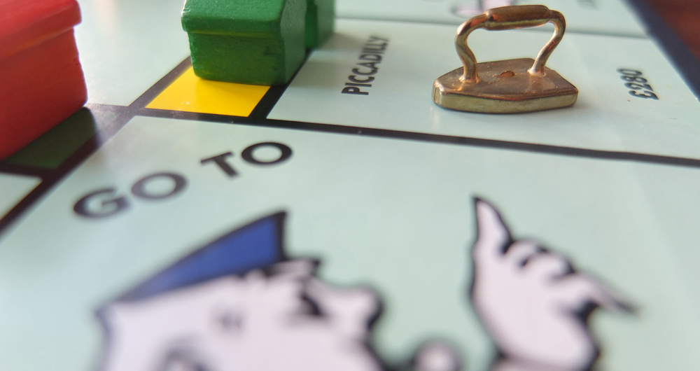 US-GAMING-INTERNET-MONOPOLY-OFFBEAT