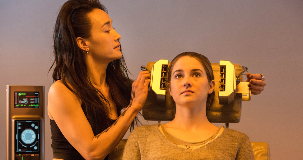 2014 film DIVERGENT, directed by Neil Burger.