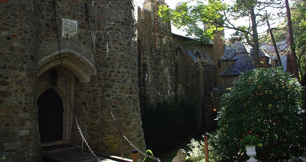 Hammond_castle_front