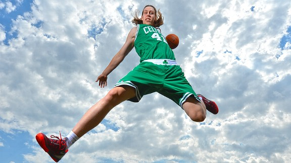 Rookie-Photo-Shoot-2013-13-Kelly-Olynyk-21