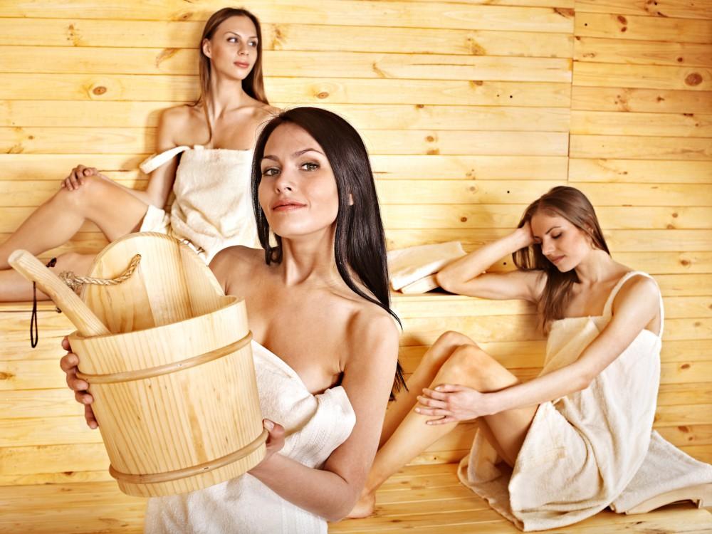 женщины в сауне фото