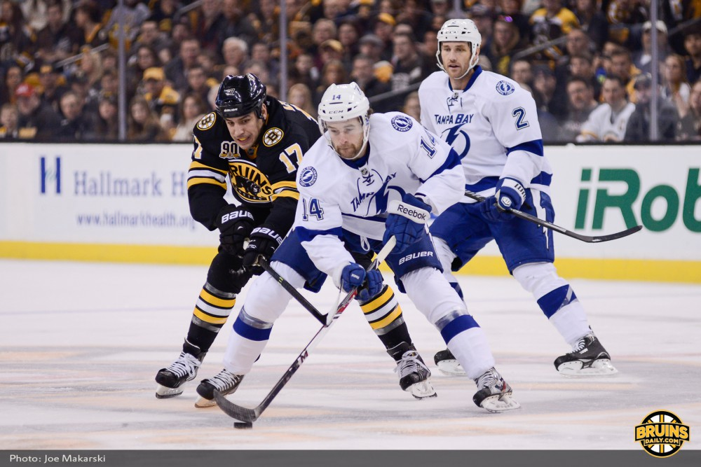 2013-11-11-Bruins-vs-Leafs-26
