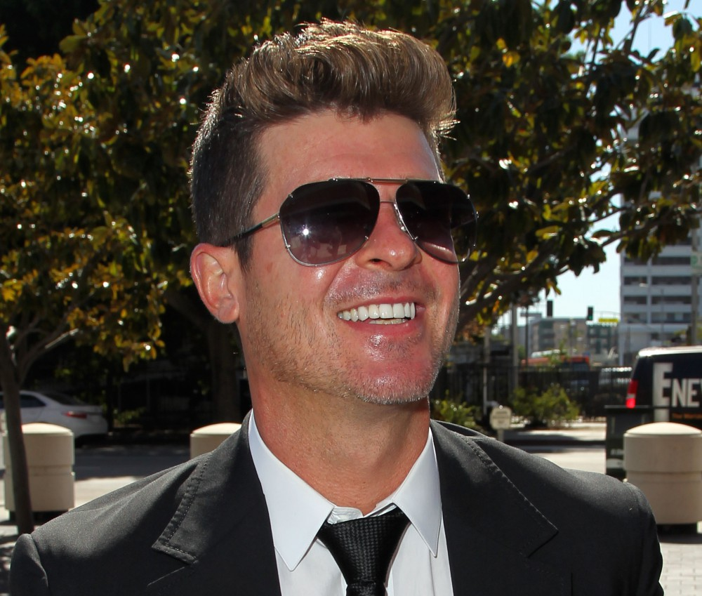 """""""Blurred Lines"""" Musicians Robin Thicke And Pharrell Williams Lawsuit By Children Of R&B Legend Marvin Gaye Trial"""