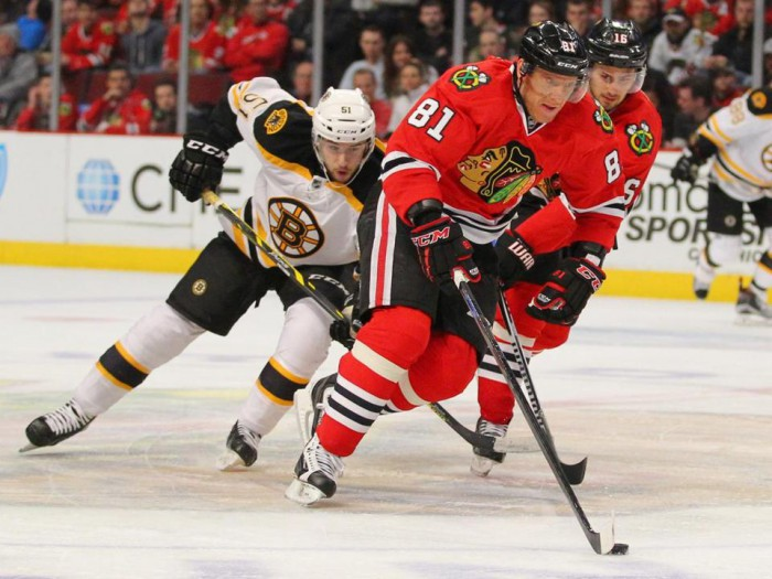 2015-02-22T233841Z_1005281512_NOCID_RTRMADP_3_NHL-BOSTON-BRUINS-AT-CHICAGO-BLACKHAWKS