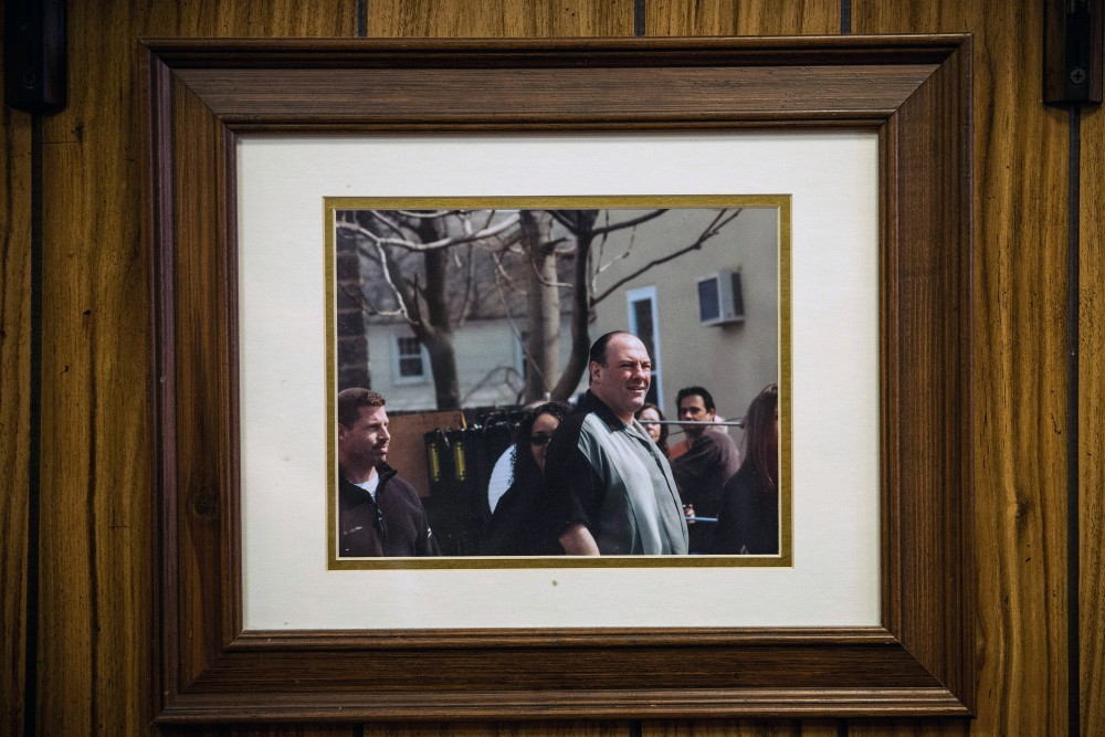 Fans Pay Homage To James Gandolfini At Restaurant Where Soprano's Finale Filmed