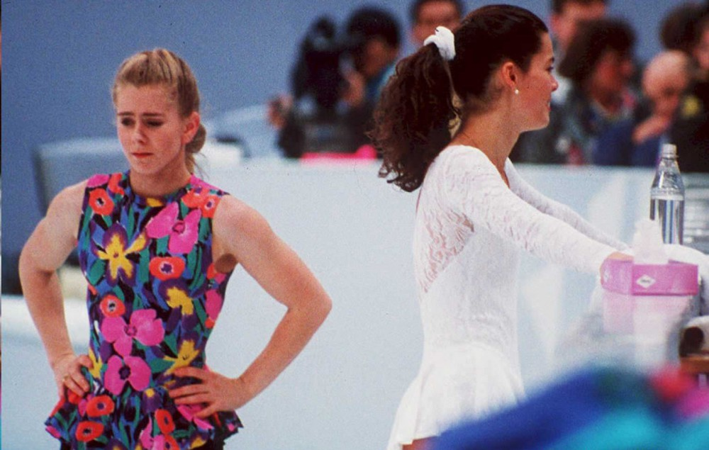 US figure skaters Tonya Harding (L) and Nancy Kerr